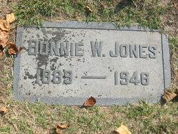 Bonnie <i>Walker</i> Jones