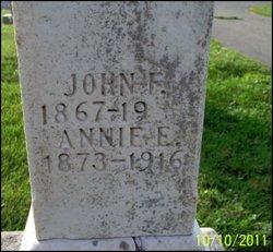 Annie E <i>Johnson</i> Craig
