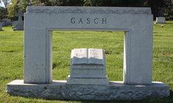 Ruth E Gasch