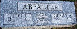Daniel L Abfalter