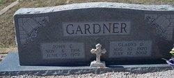 Gladys D Gardner