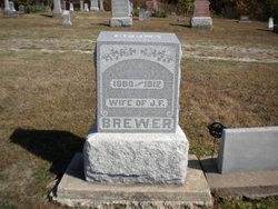 Della Brewer