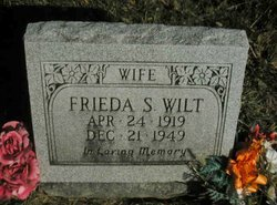 Frieda S Wilt