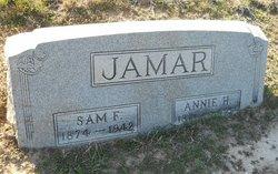 Annie Henerietta <i>Edwards</i> Jamar