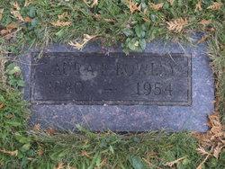 Laura <i>Grant</i> Bowley