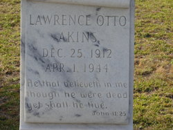 Lawrence Otto Akins