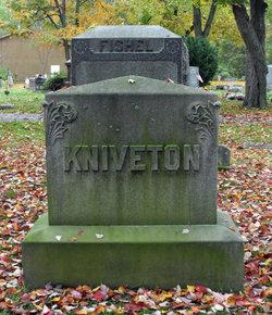 Lura <i>Darrow</i> Kniveton