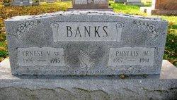 Phyllis M. <i>Maple</i> Banks