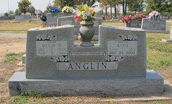 Anna Anglin