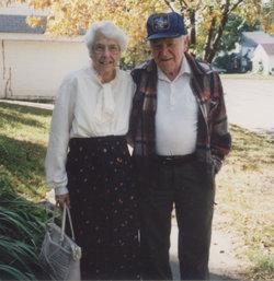 Dorothy Dee <i>Carter</i> Mahalovich