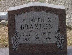 Rudolph V Braxton