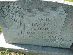 Harley Tipton Skid Skidmore