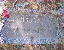 Robert Arnett