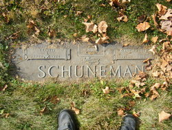 Lloyd Schuneman