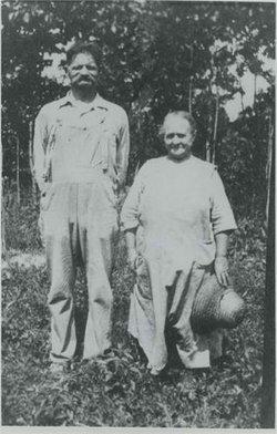 Martha Emma <i>Schulz</i> Petersen