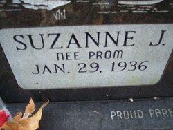 Suzanne J. <i>prom</i> Arndt