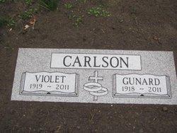 Gunard Robert Bob Carlson