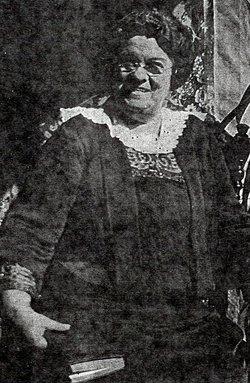 Mrs Mabel M <i>Crossman</i> Breed