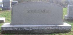 Dorothy T Hendren