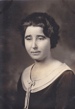Mrs Edith <i>Bartlett</i> Young
