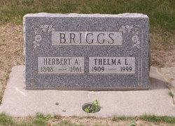 Thelma Luetta <i>Snavely</i> Briggs