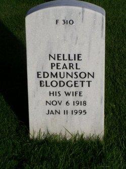 Nellie Pearl <i>Edmundson</i> Blodgett