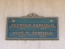 Anne <i>Wolfberg</i> Barfield