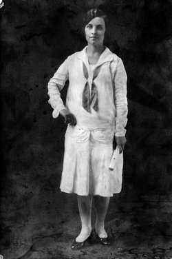 Larena Marguerite Renie <i>Morton</i> Beadell