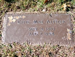 Effie Mae Altizer