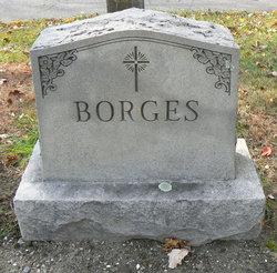 Mary <i>Medeiros</i> Borges