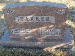 Nellie Bakker