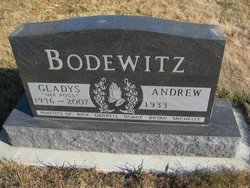 Gladys <i>Roos</i> Bodewitz