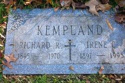 Richard R Kempland