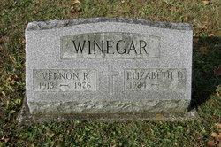 Vernon R Vern Winegar