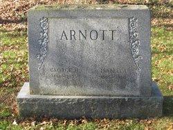 Isabella Arnott