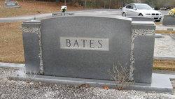 Clifford M <i>Dinsmore</i> Bates
