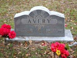 Leonard Meredith Myrt Avery