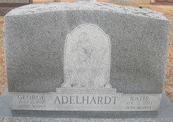 Katie <i>Simon</i> Adelhardt