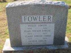 Pearl <i>Tucker</i> Fowler