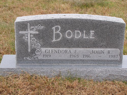 Glendora E <i>Money</i> Bodle