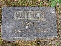 Annie <i>King</i> Smith