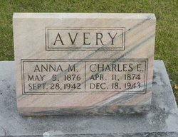 Anna M Avery