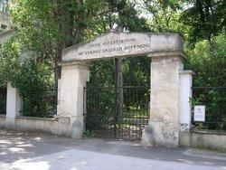 W�hringer Friedhof (Defunct)