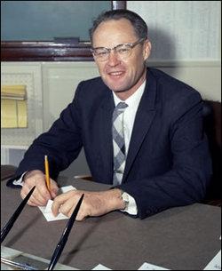 Dr William Burdette Bill McClean