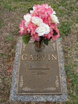 Betty Faye <i>Pierce</i> Garvin