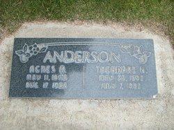 Agnes <i>Olsen</i> Anderson