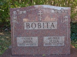 Julia Bobita