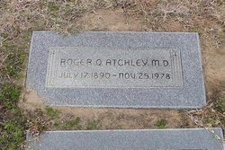 Dr Roger Quincey Atchley