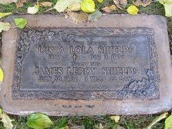 Lola Lusta <i>Scott</i> Shields