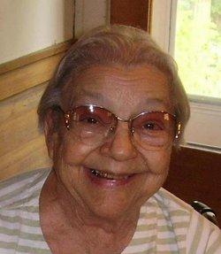 Betty Lou <i>Denman</i> Snyder